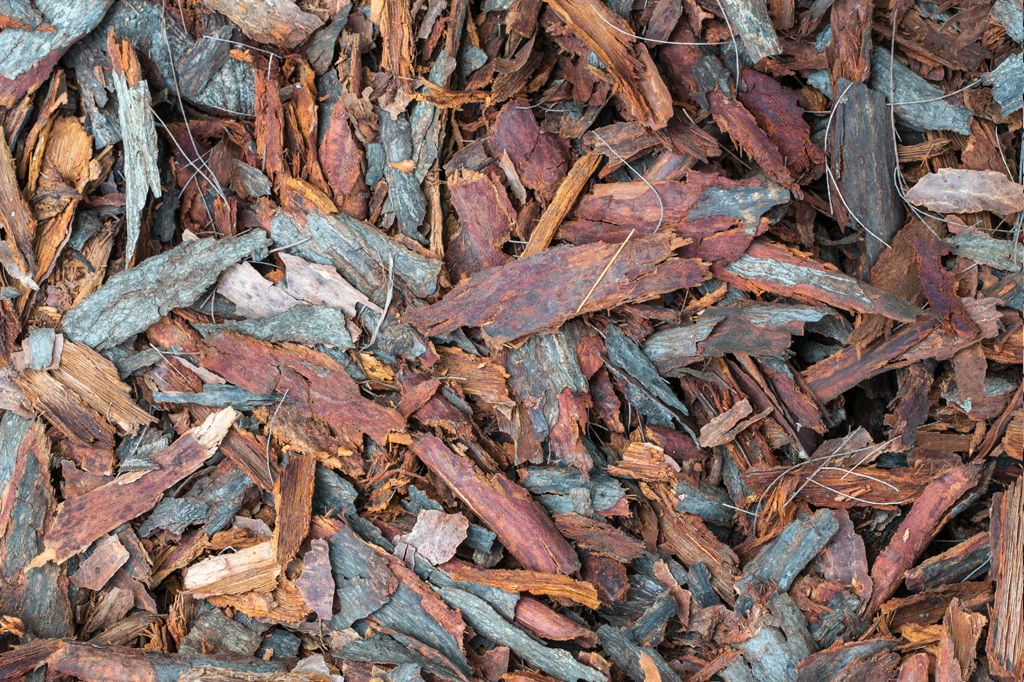 drewno-opalowe-dobredokominka-drewno-gniezno-kora-ogrodnicza